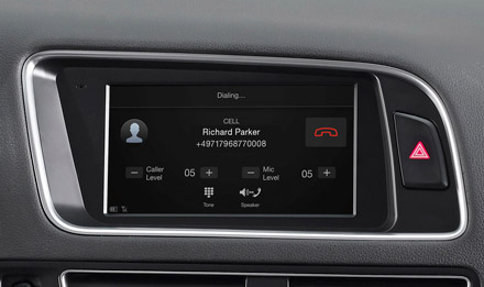 Audi Q5 - Built-in Bluetooth® Technology - X703D-Q5
